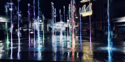 night fountain lights